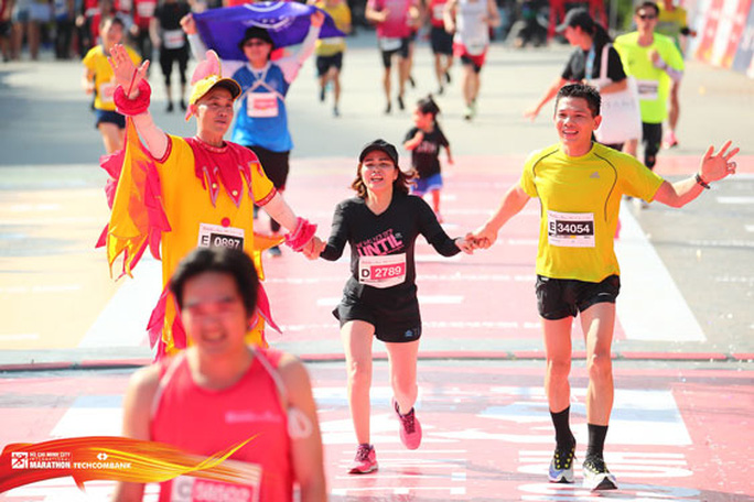 Đã thi chạy marathon thì đừng mơ ăn gian! - Ảnh 1.