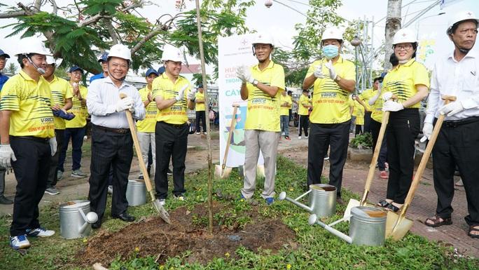 EVNSPC phát động trồng 1 tỉ cây xanh bảo vệ môi trường tại Sóc Trăng - Ảnh 2.