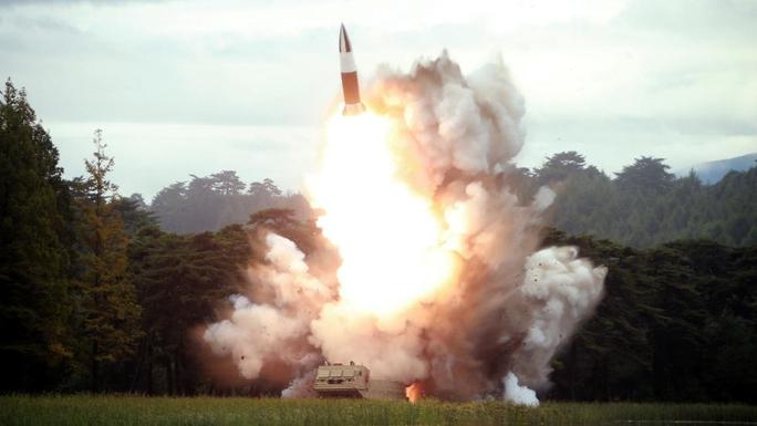 Hàn Quốc và Triều Tiên âm thầm chạy đua vũ trang - Ảnh 2.