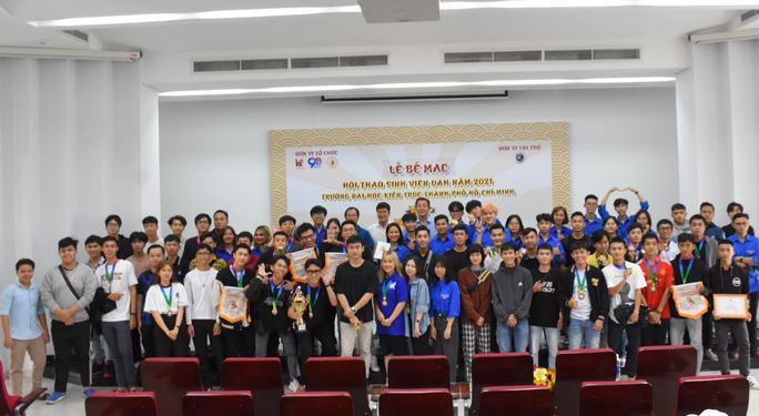 Trao giải hội thao Trường ĐH Kiến trúc TP HCM năm 2021 - Ảnh 4.