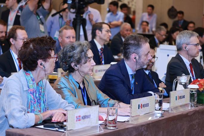 Chủ tịch nước Nguyễn Xuân Phúc chủ trì phiên họp quan trọng của Hội đồng Bảo an - Ảnh 6.