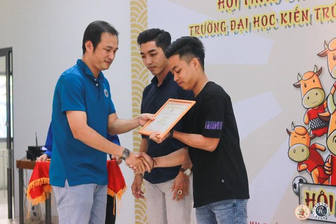 Trao giải hội thao Trường ĐH Kiến trúc TP HCM năm 2021 - Ảnh 3.
