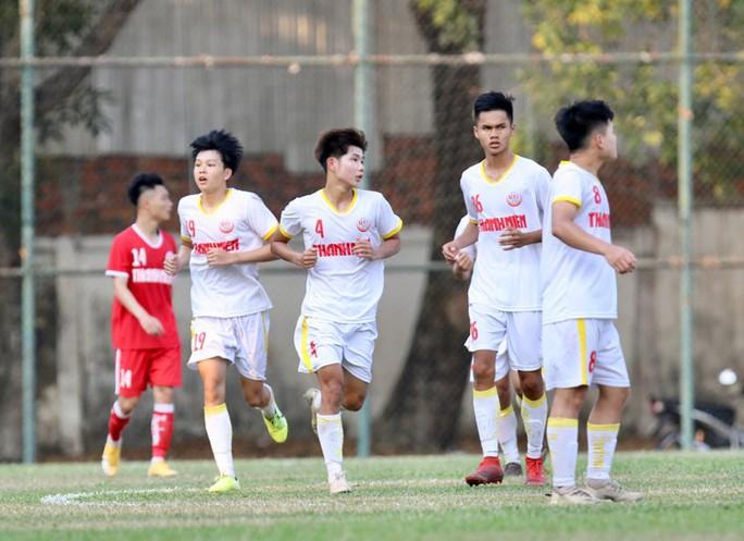 Hoàng Anh Gia Lai thua ngược PVF, nguy cơ sớm bị loại khỏi VCK U19 quốc gia 2021 - Ảnh 4.