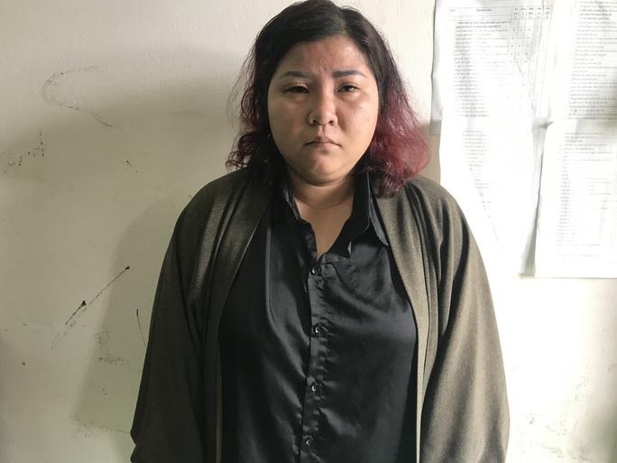 Một phụ nữ bắt cóc trẻ sơ sinh khi mẹ bé đang ngủ - Ảnh 1.