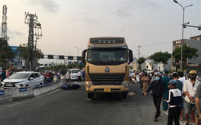 Đà Nẵng: Thêm một người tử vong vì đi nhầm đường dẫn ở điểm đen tai nạn - Ảnh 2.