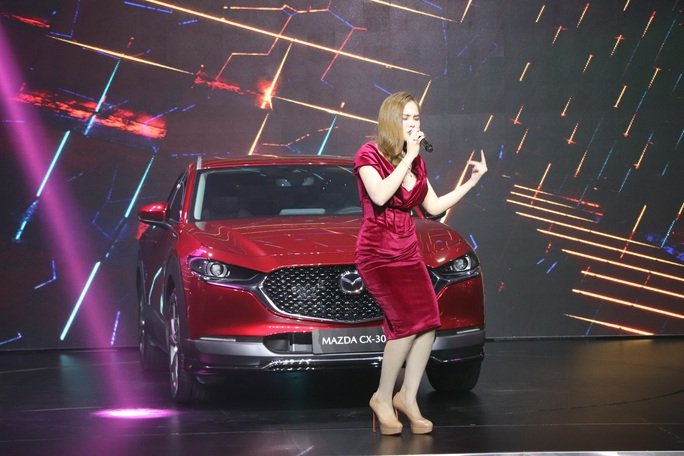 THACO ra mắt xe Mazda CX-30 thế hệ mới đẳng cấp, giá 839 triệu đồng - Ảnh 2.