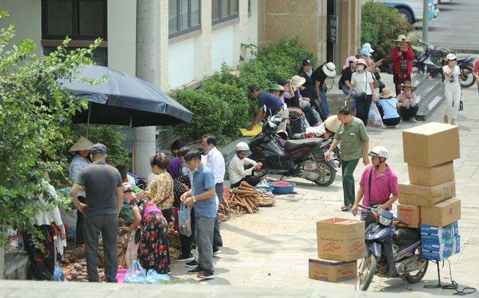 Khoảng 20 ngàn người hành hương về Đền Hùng trong ngày Giỗ Tổ - Ảnh 23.