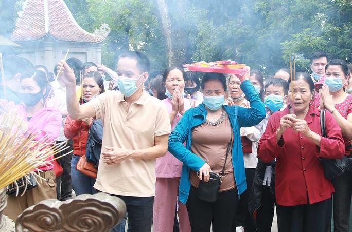 Khoảng 20 ngàn người hành hương về Đền Hùng trong ngày Giỗ Tổ - Ảnh 22.