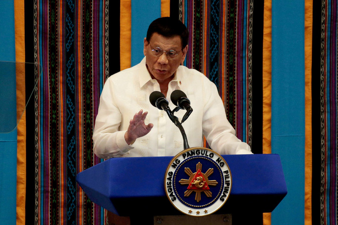 Tổng thống Philippines ra tuyên bố rắn với Trung Quốc về biển Đông - Ảnh 2.