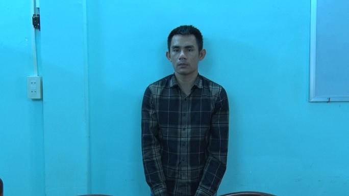 CLIP: Bắt quả tang gã đàn ông từ Ninh Bình vào Kiên Giang làm liều - Ảnh 2.