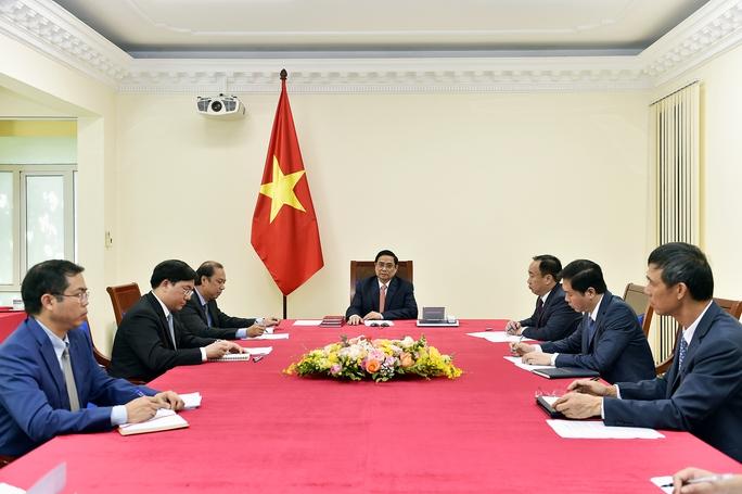 Thủ tướng Phạm Minh Chính điện đàm với Thủ tướng Singapore Lý Hiển Long - Ảnh 3.