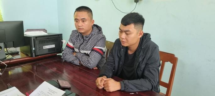 CLIP: Bắt tại trận 2 đối tượng từ Thanh Hóa vào Kiên Giang làm liều - Ảnh 2.