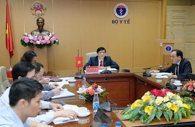Việt Nam đề xuất đưa bác sĩ, hỗ trợ Campuchia 800 máy thở giúp chống dịch Covid-19 - Ảnh 1.