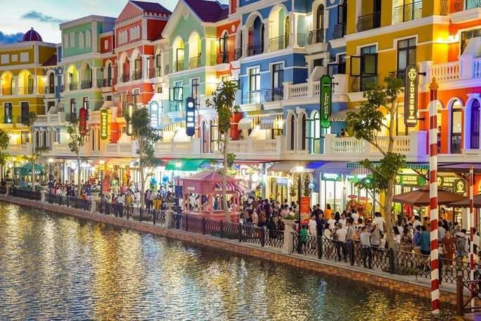 """Phú Quốc có khu """"thành phố không ngủ"""" hàng đầu Đông Nam Á - Ảnh 4."""