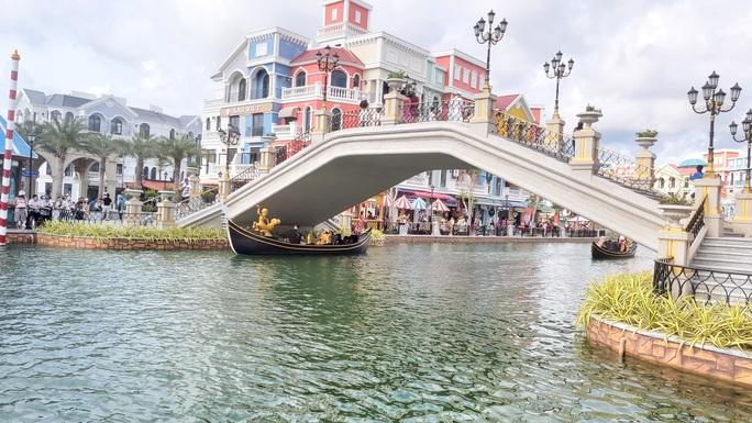 """Phú Quốc có khu """"thành phố không ngủ"""" hàng đầu Đông Nam Á - Ảnh 11."""