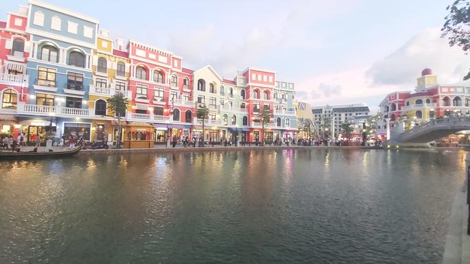 """Phú Quốc có khu """"thành phố không ngủ"""" hàng đầu Đông Nam Á - Ảnh 12."""