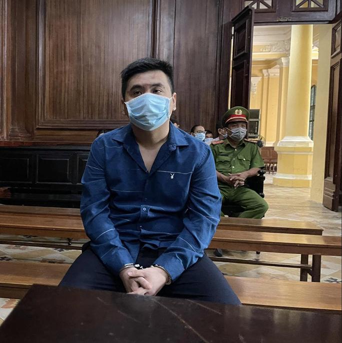 Huỷ toàn bộ bản án sơ thẩm vụ tài xế Mercedes gây tai nạn nghiêm trọng ở Phú Nhuận - Ảnh 1.