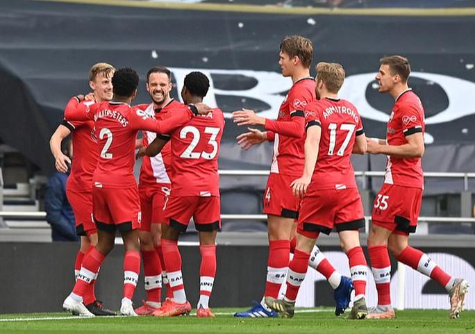 Ngược dòng đẳng cấp, Tottenham bay vào Top 6 Ngoại hạng Anh - Ảnh 3.