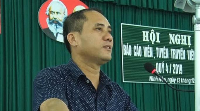 Bí thư phường ở Khánh Hòa bị đâm chết: Tạm giữ nghi phạm là cán bộ công an - Ảnh 1.
