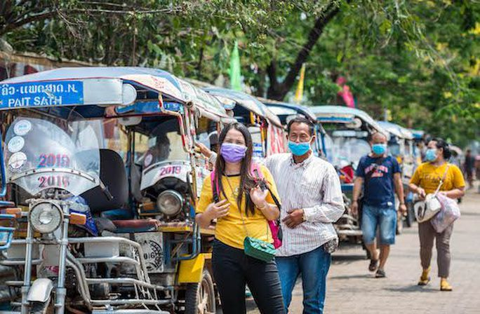 covid-19-lockdown-takes-toll-on-laos-economy-12434-15
