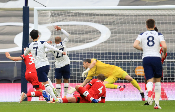 Ngược dòng đẳng cấp, Tottenham bay vào Top 6 Ngoại hạng Anh - Ảnh 5.