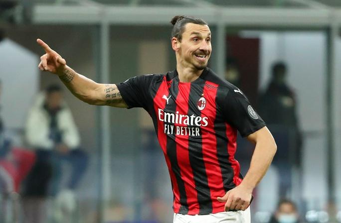 Ibrahimovic gia hạn hợp đồng, mức lương 7,2 triệu USD/năm, với AC Milan - Ảnh 3.