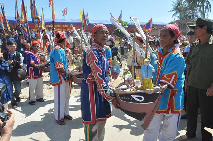 Chủ quyền Hoàng Sa, Trường Sa của Việt Nam là bất khả xâm phạm - Ảnh 1.