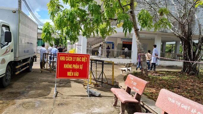 Bác sĩ Bệnh viện Chợ Rẫy nói về xây bệnh viện dã chiến ở Hà Tiên - Ảnh 6.