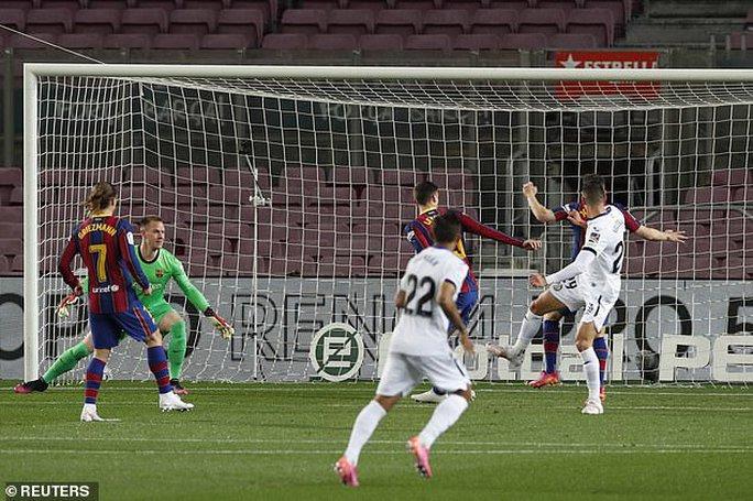 Messi nhảy múa ghi bàn trước Getafe, Barcelona trở lại Top 3 La Liga - Ảnh 3.