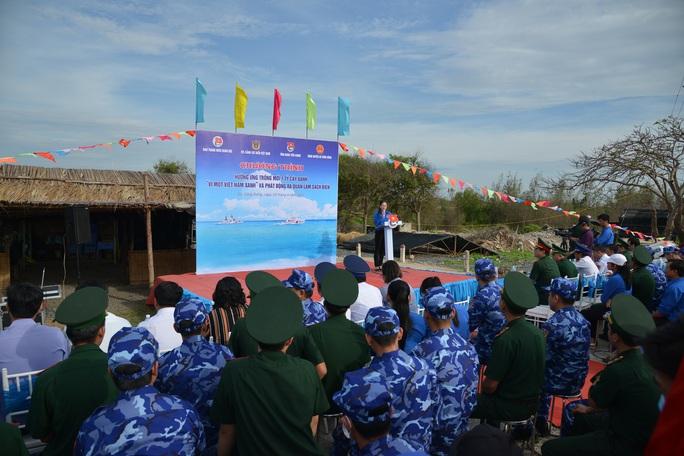 Cảnh sát biển tổ chức nhiều hoạt động ở Tiền Giang - Ảnh 4.