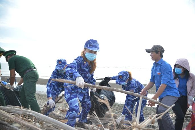 Cảnh sát biển tổ chức nhiều hoạt động ở Tiền Giang - Ảnh 14.