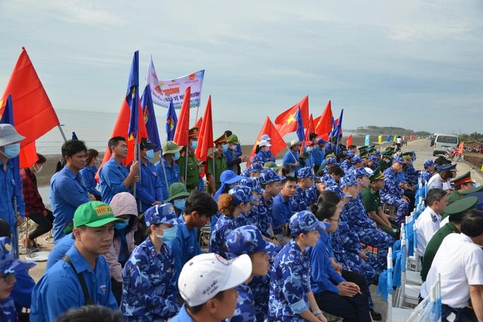 Cảnh sát biển tổ chức nhiều hoạt động ở Tiền Giang - Ảnh 6.