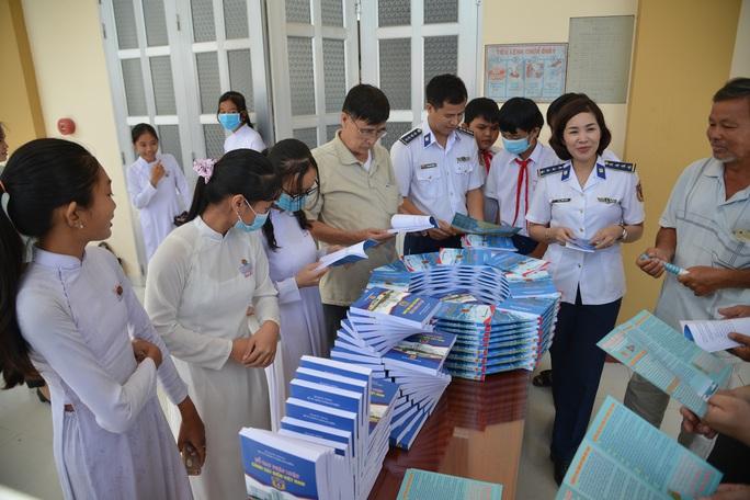 Cảnh sát biển tổ chức nhiều hoạt động ở Tiền Giang - Ảnh 19.