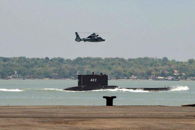 Hải quân Indonesia khoanh vùng vị trí tàu ngầm mất tích - Ảnh 1.