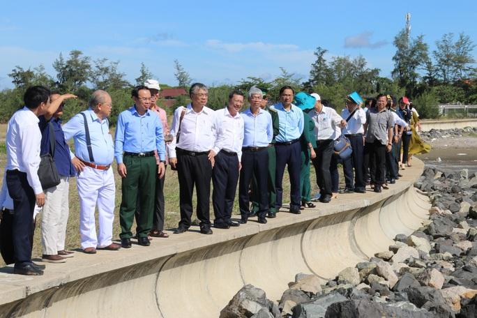 Bí thư Thành ủy Nguyễn Văn Nên và các chuyên gia khảo sát tại Cần Giờ - Ảnh 2.