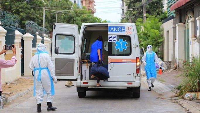 Ấn Độ, Campuchia lại ghi nhận số ca mắc Covid-19 khủng - Ảnh 1.