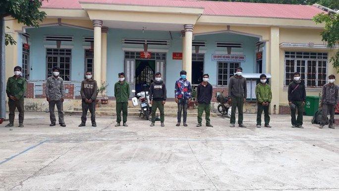 Bắt giữ nhóm người từ Campuchia nhập cảnh trái phép về Việt Nam - Ảnh 1.