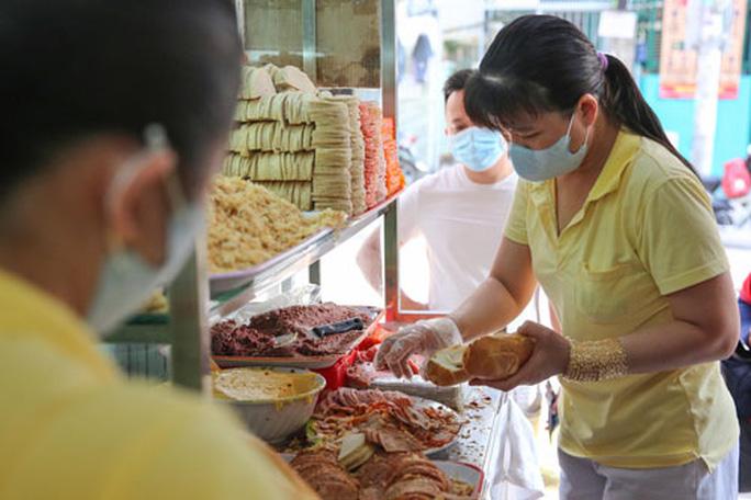 Lắng nghe người dân hiến kế: Phát triển thương hiệu ẩm thực TP HCM - Ảnh 1.