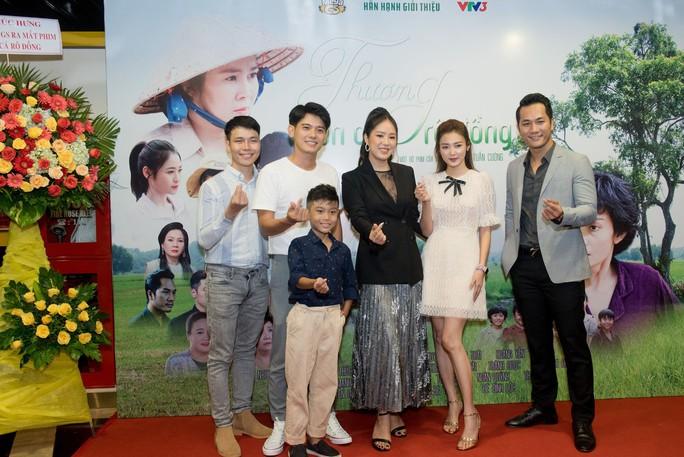 """Lê Phương tái xuất màn ảnh sau 2 năm làm """"mẹ bỉm"""" - Ảnh 4."""