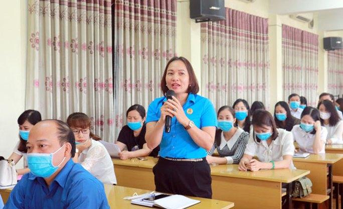 Hà Nội: 300 CNVC-LĐ tìm hiểu Bộ Luật Lao động và Luật Bầu cử - Ảnh 1.