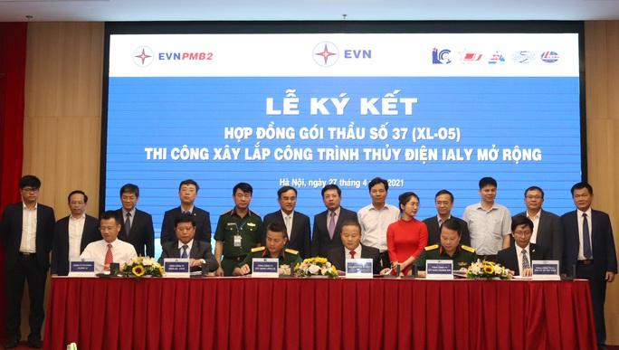 Mở rộng nhà máy thủy điện Ialy, EVN ký kết gói thầu 2.365 tỉ đồng - Ảnh 1.