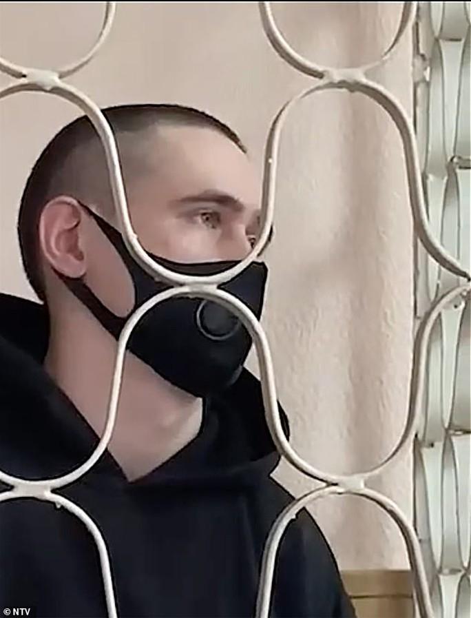 YouTuber phát trực tiếp cảnh ngược đãi bạn gái đến chết lãnh 6 năm tù - Ảnh 1.