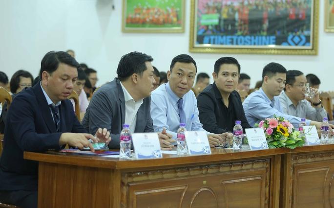 Asanzo của ông Phạm Văn Tam tài trợ chính Giải bóng đá hạng Nhì Quốc gia 2021 - Ảnh 5.