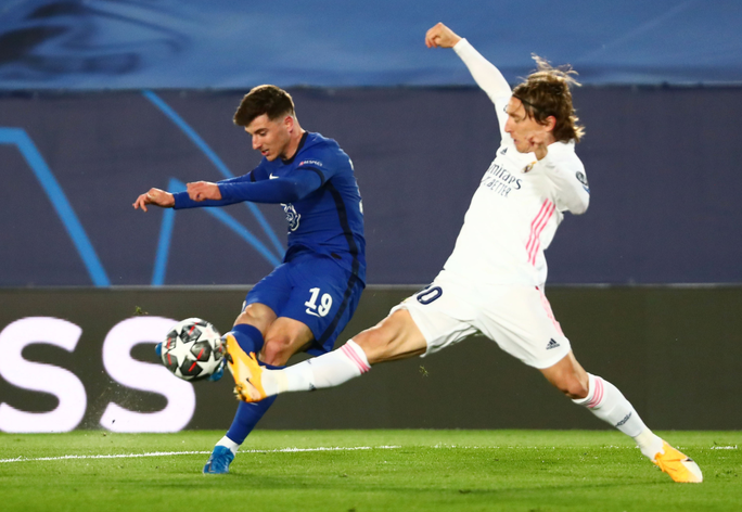 Real Madrid thoát hiểm trước Chelsea, HLV Zidane hoan hỉ - Ảnh 2.
