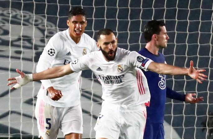 Real Madrid thoát hiểm trước Chelsea, HLV Zidane hoan hỉ - Ảnh 8.