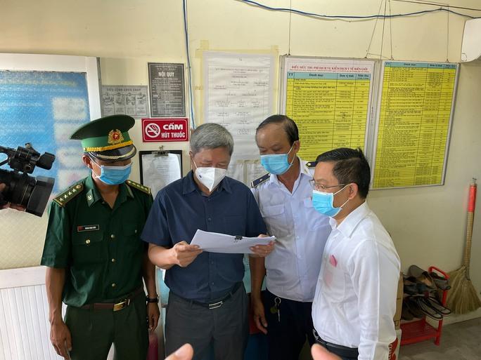 Việt Nam sẵn sàng chuẩn bị tình huống có 30.000 người mắc Covid-19 - Ảnh 1.