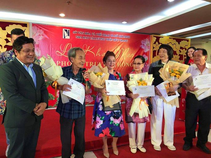 Ký ức không quên: NSND Minh Vương, Thoại Miêu, Thanh Vy xúc động hội ngộ - Ảnh 2.