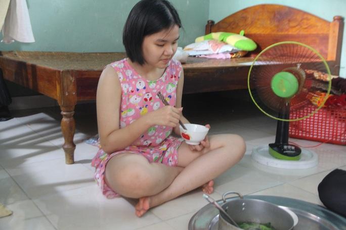 Cô học trò trường chuyên Nguyễn Bỉnh Khiêm ở Quảng Nam cần giúp đỡ - Ảnh 5.