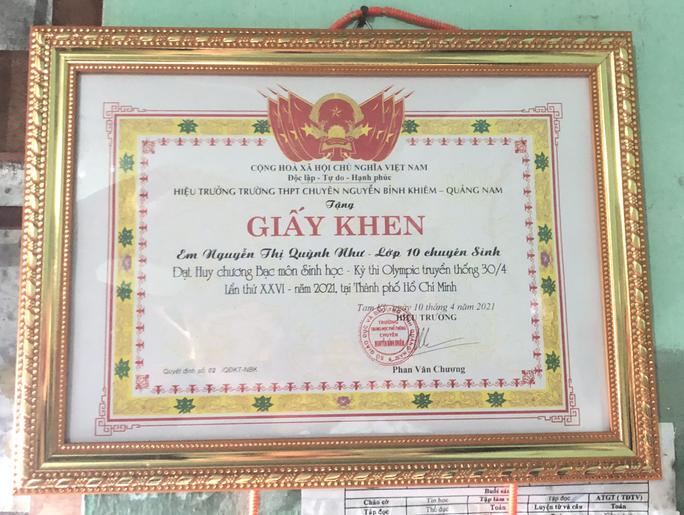 Cô học trò trường chuyên Nguyễn Bỉnh Khiêm ở Quảng Nam cần giúp đỡ - Ảnh 4.