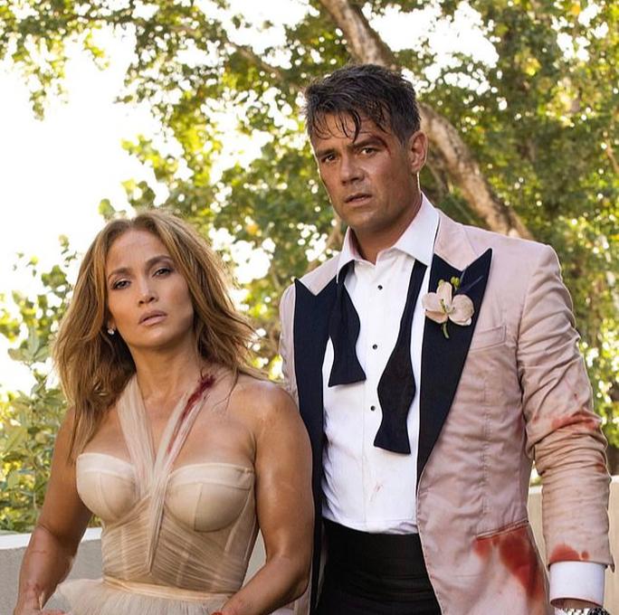 Tình sử của Jennifer Lopez vẫn tiếp tục rối như canh hẹ - Ảnh 1.